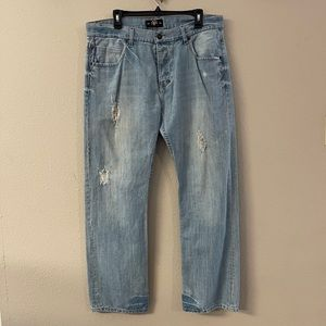 Syn- straight leg distressed 36x32 jeans